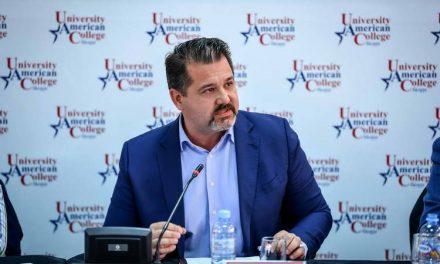 Бошњаковски: Активната транспарентност и вистината се најсилно оружје против лажните вести