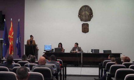 """Совет на општина Прилеп: Буџетот проширен со дополнителни средства, """"Комуналец"""" ќе се грижи за уличното осветлување"""