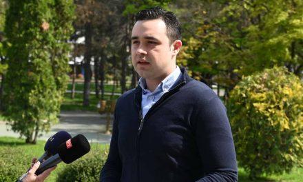 Костадинов: Менувањето на ставовите на дневна основа го потврдува лицемерието на Сиљановска