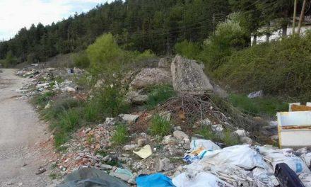 """Расте депонијата меѓу НП """"Галичица"""" и една од водоснабдителните станици"""