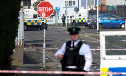 Северна Ирска: Уапсени двајца осомничени за убиството на новинарката
