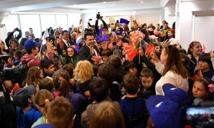Заев по повод 9 Мај – Ден на победа над фашизмот: Упатуваме порака до нашите пријатели од ЕУ – Доаѓаме дома!