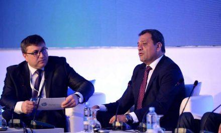 """Анѓушев на """"Македонски енергетски форум 2019"""": Владата работи на зголемување на производството на електрична енергија од обновливи извори"""