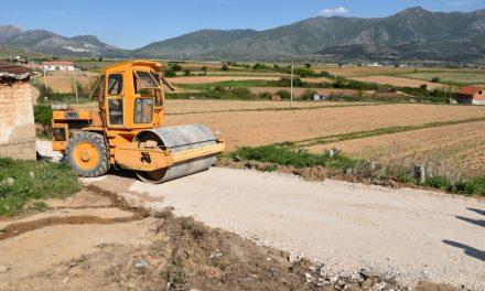 """Жителите од """"Тризла 2"""" едногласни: Локалната власт и градоначалникот Јованоски работат на подобрување на животот на Ромите"""