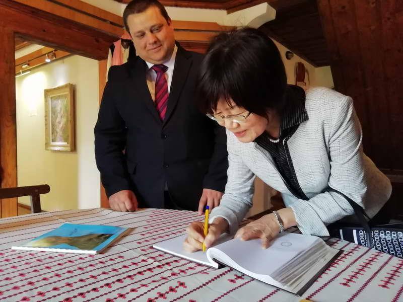 Амбасадорката на Јапонија, Кеико Ханеда во посета на Крушево