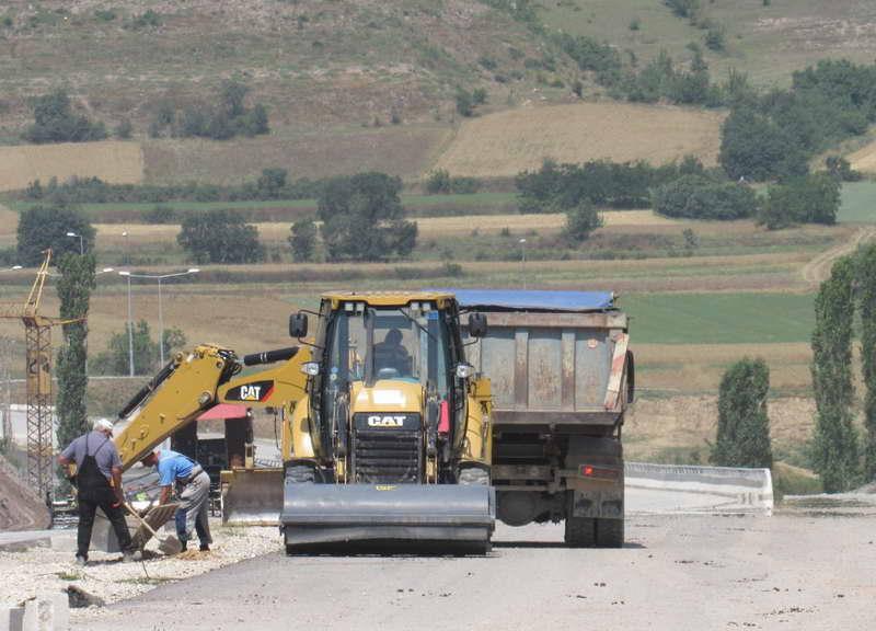 Автопатот Миладиновци – Штип во употреба до крајот на месецов