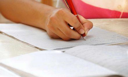 500 оценувачи прегледуваат тестови на 15.553 матуранти