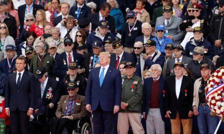 Трамп и Макрон им оддадоа почит на ветераните: Ви ја должиме нашата слобода