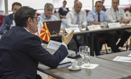 Пендаровски во посета на Стопанската комора на Северо-западна Македонија