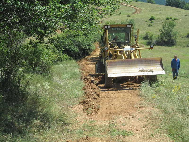 Се санираат пристапните патишта во селата во општина Делчево