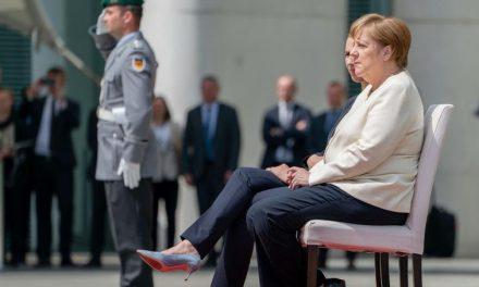 Тресење за Меркел
