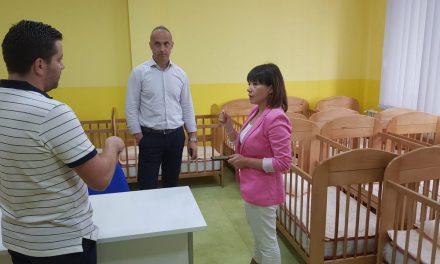 Царовска во работна посета на Кичево: Со социјалната реформа овозможуваме подобар живот за нашите најранливи граѓани