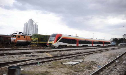 """Експресниот кинески воз за Битола """"времено"""" е укинат веќе цела година, прескапа била поправката"""