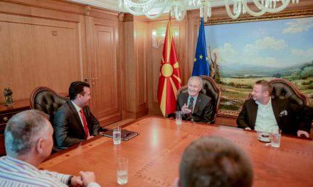 Премиерот Заев се сретна со претседателот на Светската ракометна федерација, Мустафа