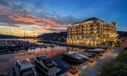 Бил Гејтс на одмор во Црна Гора, Порто Монтенегро магнет за светскиот џет-сет