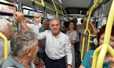 Промотивно возење со новите автобуси за најредовните корисници на градскиот превоз – пензионерите