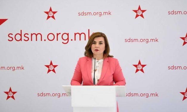 Шахпаска: Зборот важи, укинати се квотите за лекови во аптеките во туристички региони