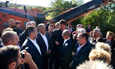 Заев од Берово: Владата е максимално посветена на поддршката за подигање на капацитетите на единиците на локалната самоуправа (видео)