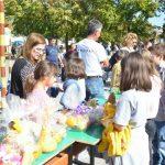 """Со традиционалниот """"Есенски панаѓур"""", ООУ """"Кире Гаврилоски"""" го одбележа Светскиот ден на храната"""