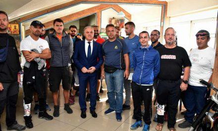 Педесетина натпреварувачи од 13 земји учествуваат на суперфиналето на Европскиот куп во парагладинг