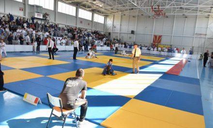 """Над 320 натпреварувачи учествуваа на 11.Меѓународен турнир во џудо """"Прилеп Град Херој 2019"""""""