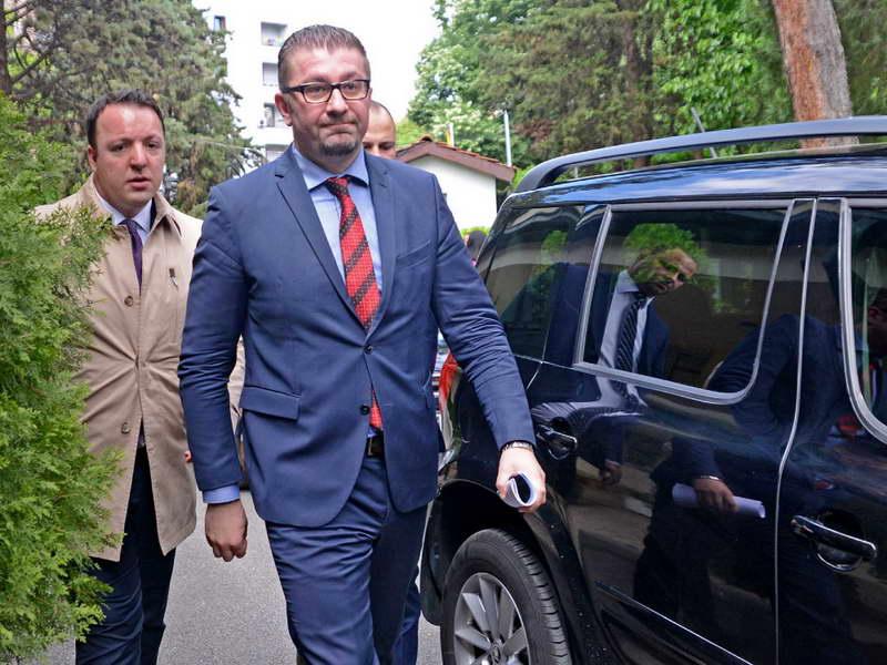 Груевски нема да биде почесен претседател на ВМРО – ДПМНЕ, Мицкоски ќе го менува статутот