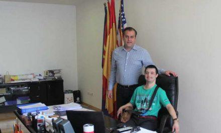 Општина Аеродром: Пофалница за пливачот Стефан Трпковски