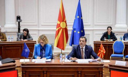 Анѓушев и Шекеринска: Членството во НАТО е можност македонските компании да учествуваат во јавните набавки за потребите на Алијансата