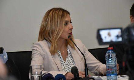 Ангеловска: Сакаме најдобрите лекари и наставници да ги задржиме во земјава