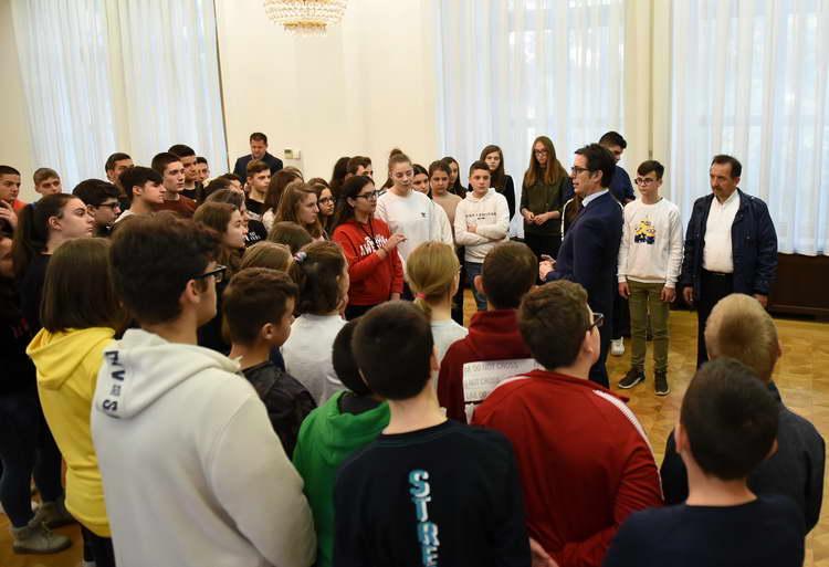 Отворен ден во кабинетот на Претседателот Пендаровски