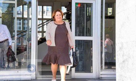 """Катица Јанева ќе оди во домашен притвор пред почетокот на судењето за """"Рекет"""""""