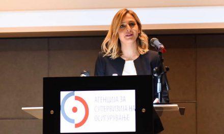 Ангеловска: Осигурителните агенти веќе не продаваат полиси, ги обучуваат клиентите како онлајн да ги купуваат