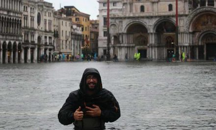 Фотографија на денот: Големи поплави во Венеција