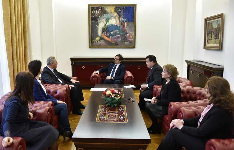 Претседателот Пендаровски прими делегација на Комората на медијатори