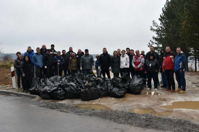 Успешно спроведена акцијата за чистење на Прилеп и неговата околина