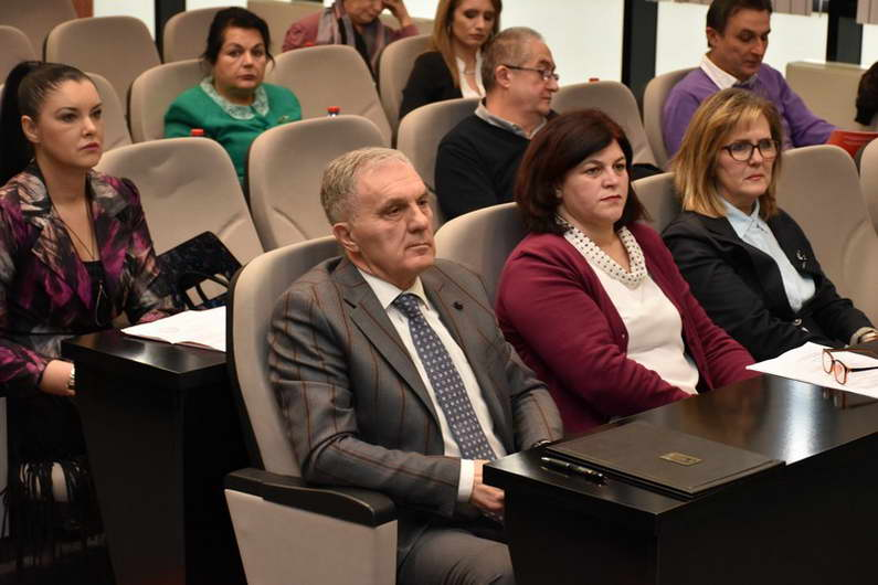 """Советниците го изгласаа буџетот на Општина Прилеп за 2020 година и ја отпочнаа постапката за преземање на ФК """"Победа"""""""