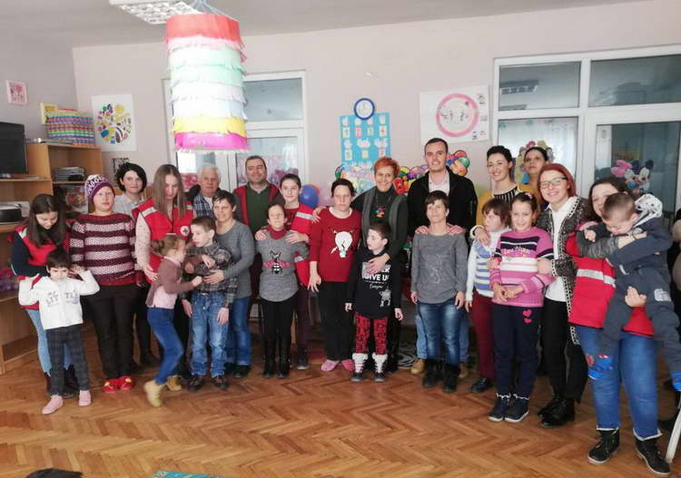 Крушево: Годишнина на Дневниот центар за деца и младинци со посебни потреби