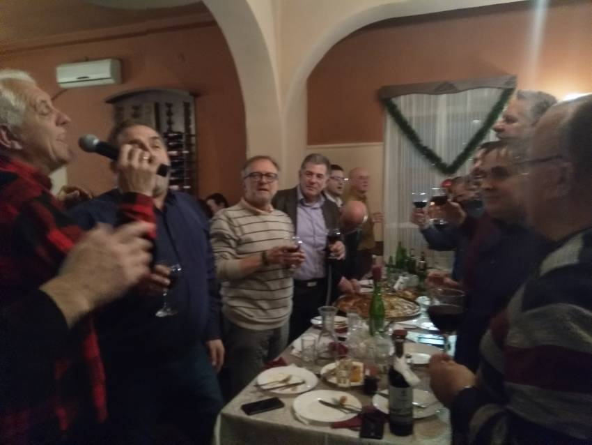"""Боеми и Валентин Соклевски ја пееја неговата """"Ратка"""""""