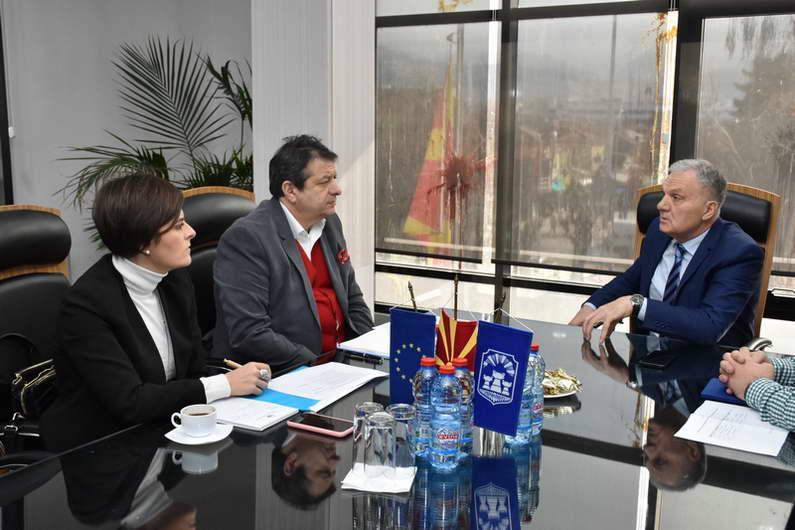 Јованоски и Макрадули: Инвестирањето во заштитата на животната средина штеди пари и емисија на ПМ 10 честички
