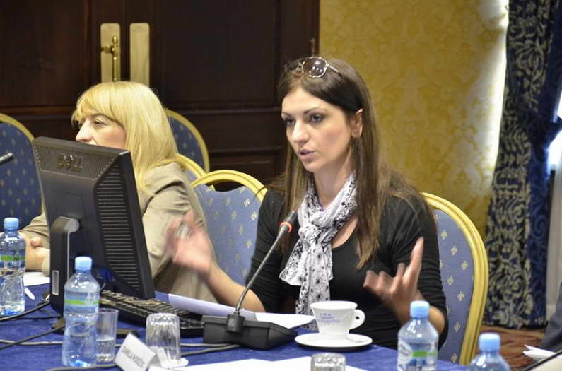 ЗНМ повика на брза реакција на институциите по заканите кон новинарката Јордановска