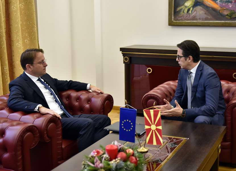 Средба на претседателот Пендаровски со Комесарот за проширување на ЕУ, Вархеји