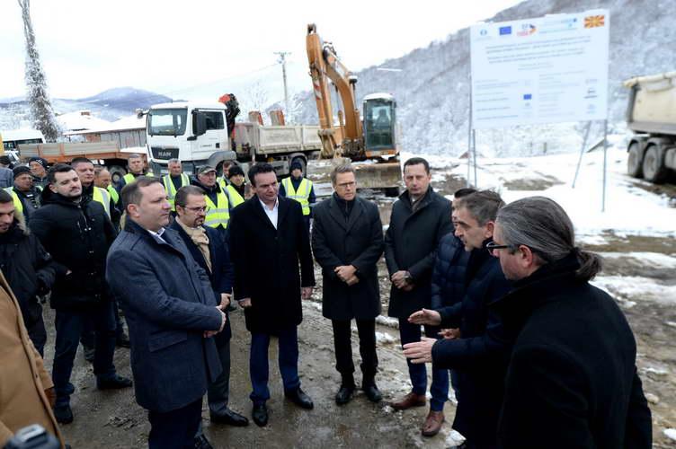 Спасовски на стартот на работите на реконструкцијата на патната делница Крива Паланка – Деве Баир