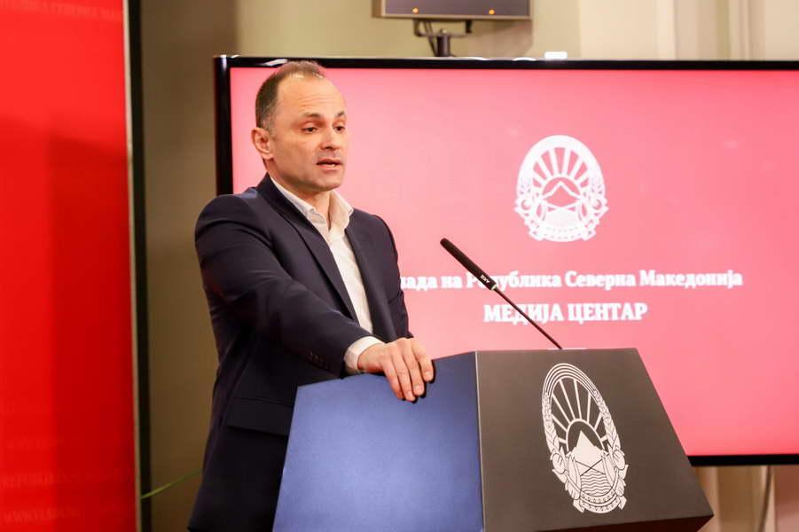Филипче: Уште еден позитивен случај на пациентка со корона вирус, граѓаните да ги почитуваат препораките за заштита од вирусот