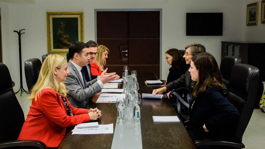Средба на МНР Димитров со Каетана де Зулуета Овтрам,  Шефицата на Мисијата за набљудување на изборите во земјава