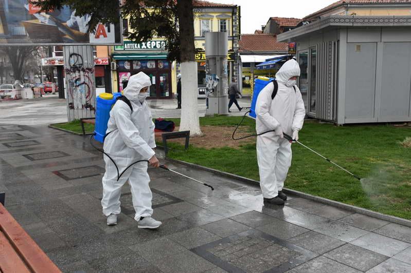 Градоначалникот Јованоски и заменикот министер Павлески извршија увид во спроведувањето на мерките за заштита од коронавирусот