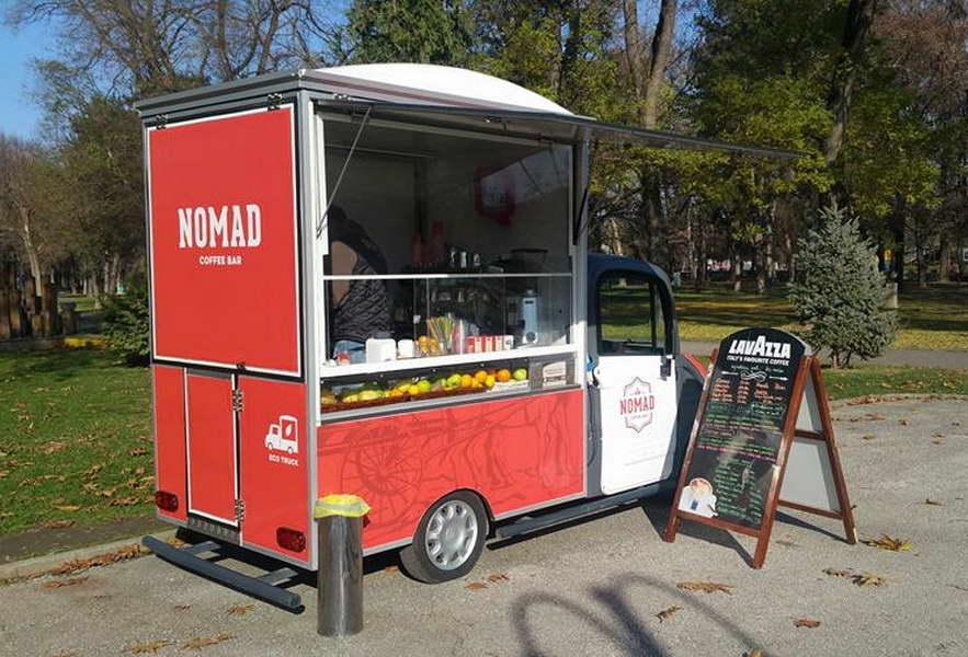 """""""Номад"""" со бесплатни свежи сокови и кафе за здравствените работници на Државна клиника"""