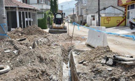 """""""Водовод и канализација"""" привршува со замена на старата водоводна линија на """"Јоска Јорданоски"""" со нова полиетиленска"""