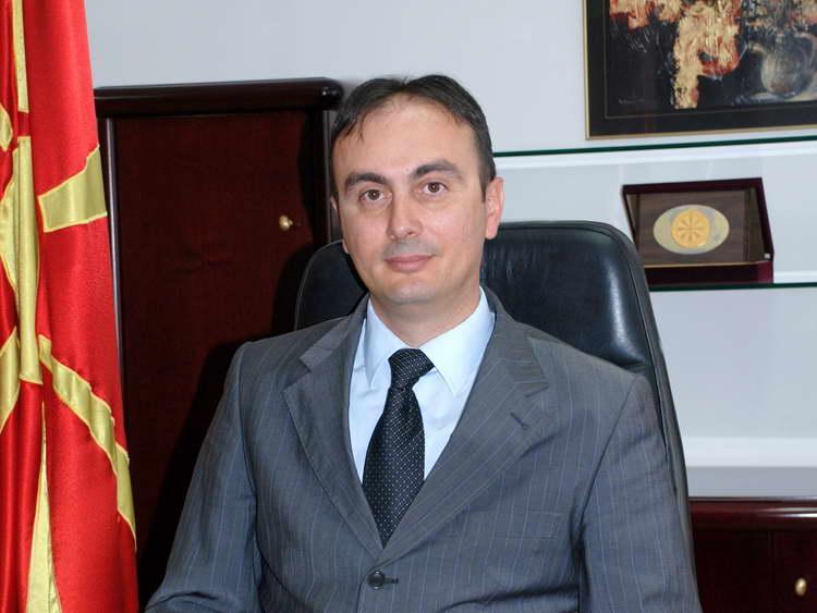 Министерот Чулев негира дека МВР го прислушкува раководството на ВМРО-ДПМНЕ