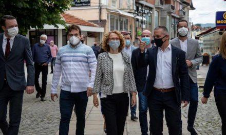 Шекеринска од Ресен: Владата инвестираше една милијарда евра во инфраструктура за потребите на граѓаните