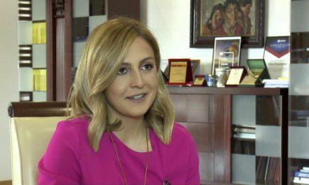 Ангеловска: Домашната платежна картичка ќе го амортизира економскиот пад